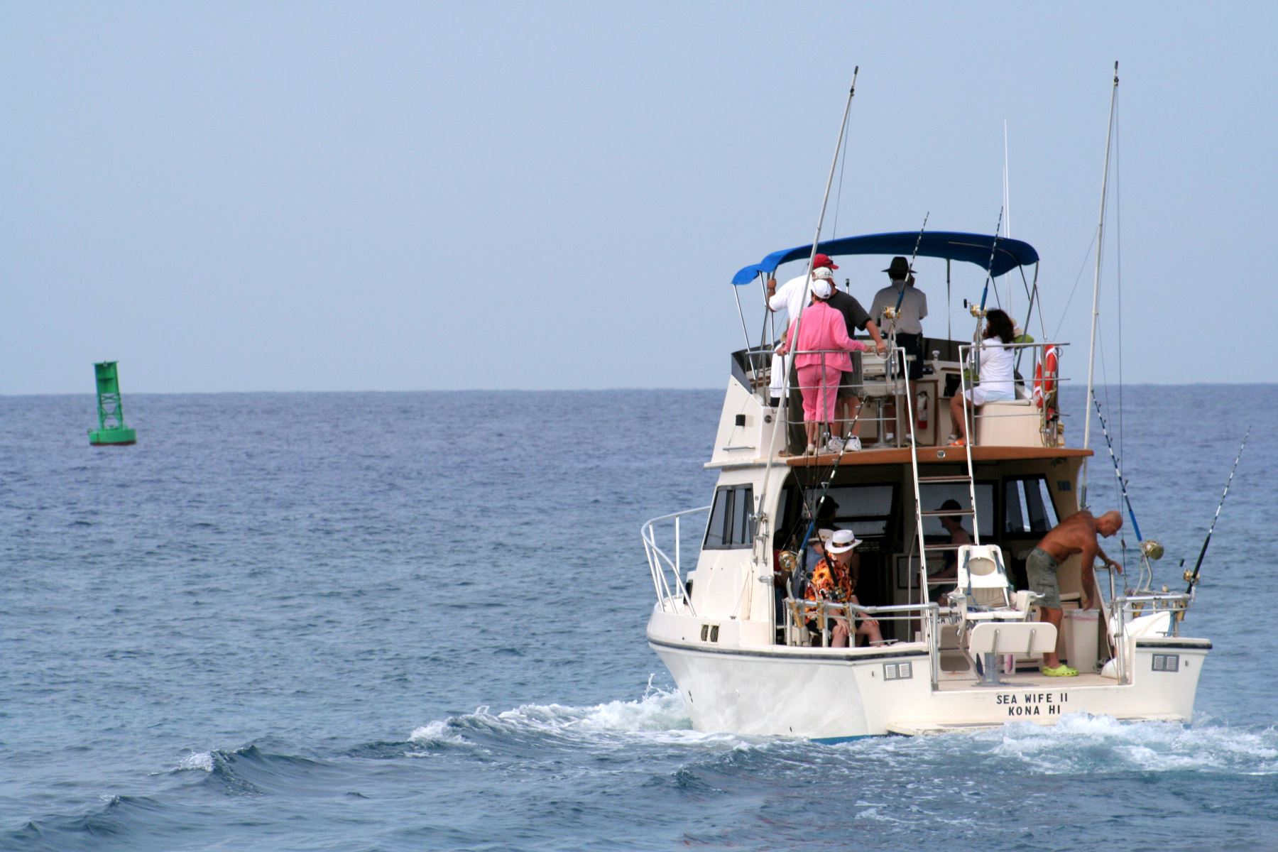 Hawaii charter fishing boat